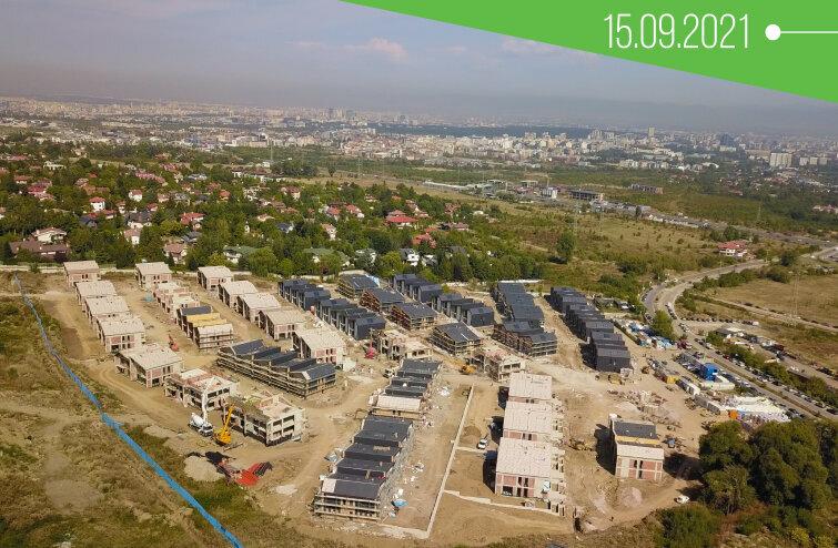Строежът на River Park през септември